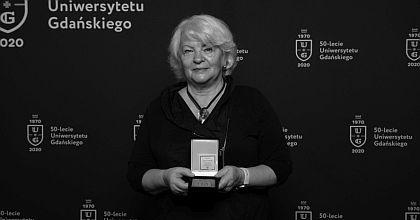 Profesor Lucyna Falkowska