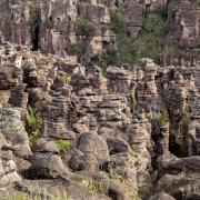 Plateau szczytowe Akopan Tepui - formacje piaskowcowe